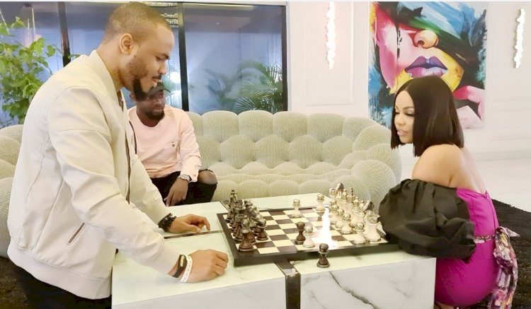 OZO AND NENGI IN A CHESS COMPETITION
