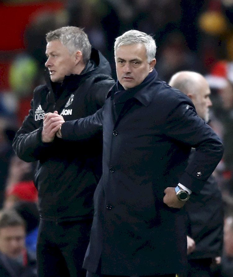 FANS REACTS ON MOURINHO'S COMMENT ON OLE GONNAR SOLKJEAR