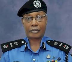 HOW SAFE IS THE DISMANTLING OF ROAD BLOCKS ORDERED BY THE NEW INSPECTOR GENERAL OF POLICE.